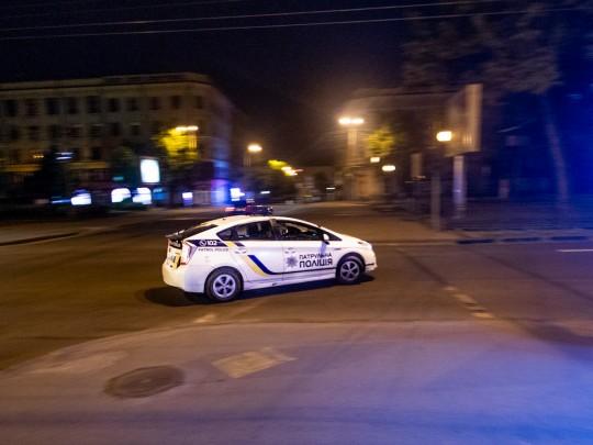 В центре Днепра зверски избили молодого парня из-за его внешности