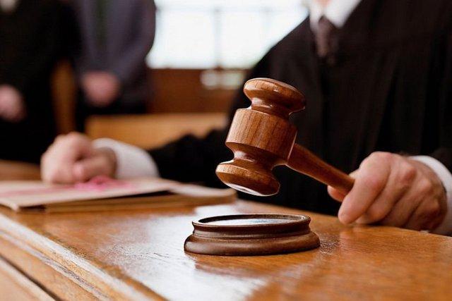 Житель Днепра, который пытался подкупить патрульного, оказался на скамье подсудимых