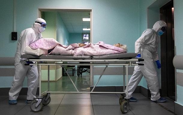 На Сумщине перед входом в больницу умерла женщина